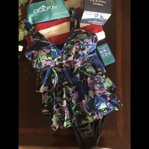 Other - Women's Aquashape ruffle tier one piece swimsuit